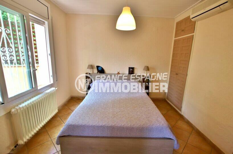 acheter maison costa brava, 4 pièces 145 m², 1° chambre à coucher avec climatisation
