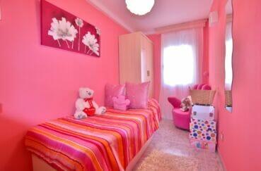 vente appartement roses espagne, 4 pièces 96 m², 3° chambre à coucher, lit simple