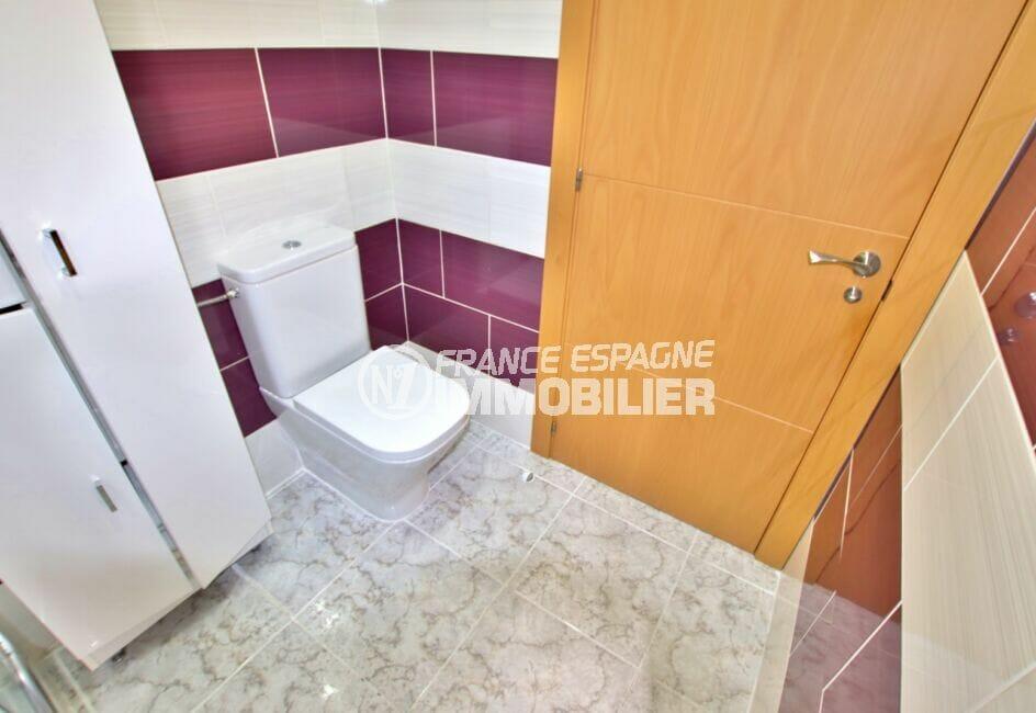 vente immobilier rosas espagne: appartement 4 pièces 96 m², salle d'eau avec wc