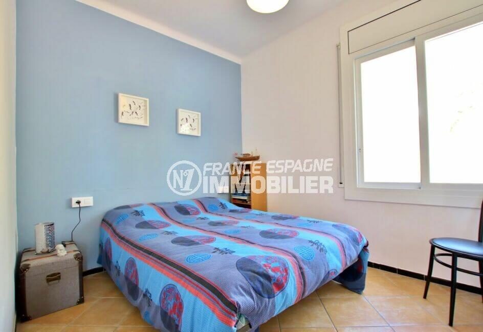 costabrava immo: villa  4 pièces 145 m², 2° chambre, lit double