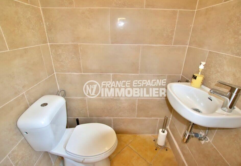 immo center rosas: villa  4 pièces 145 m², wc indépendant avec lavabo