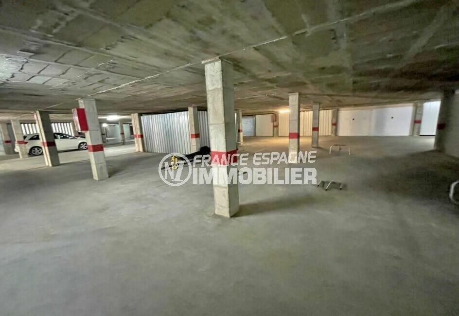 empuriabrava immo: parking-garage 11 m² en sous sol, à 100 m de la plage