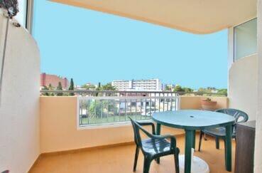 vente appartement rosas, studio 37 m² avec terrasse vue canal, au pied des commerces. plage à 800 m