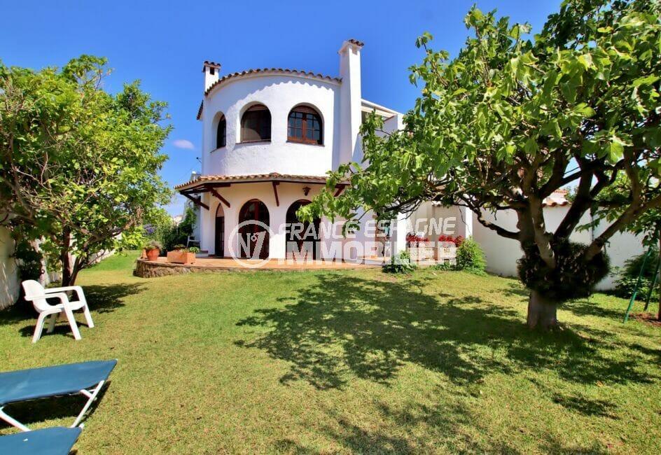 maison empuriabrava, 4 chambres 165 m², jardin de 500 m² et amarre