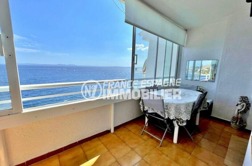 immo roses: appartement 3 pièces 60 m² front de mer, terrrasse veranda superbe vue