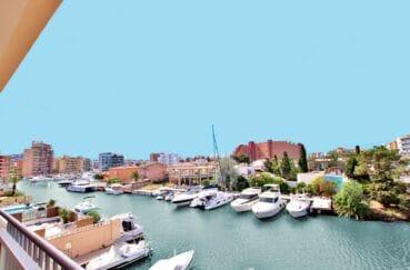 appartement a vendre costa brava, spacieux 37 m² avec terrasse vue canal