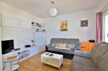 achat maison costa brava, 55 m² plage à 200m, grand séjour avec accès terrasse