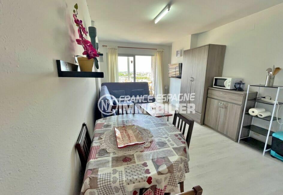 appartement a vendre costa brava, studio 24 m² avec terrasse, coin cuisine