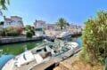 vente maison empuriabrava, 4 chambres 165 m², amarre 12 m au bout du jardin