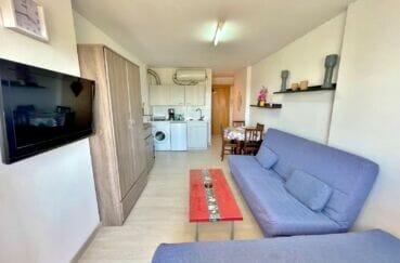 appartement a vendre empuriabrava: studio 24 m² avec terrasse, plage et commerces à 100 m