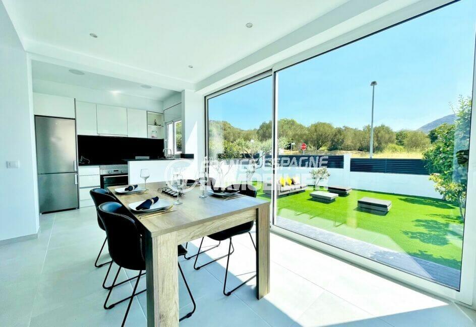 maison a vendre a rosas, 105 m² avec 3 chambres, belle terrasse solarium