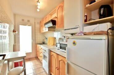 vente appartement rosas, 2 pièces 55m², cuisine indépendante aménagée, terrasse