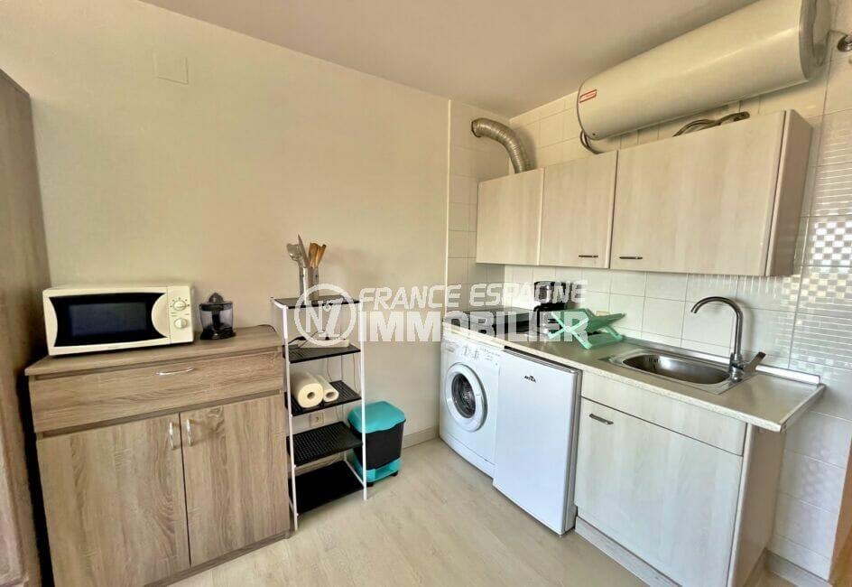vente appartement empuriabrava: studio 24 m² avec terrasse et coin cuisine aménagé