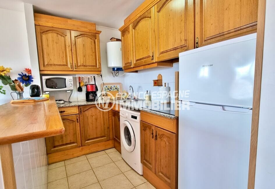 achat appartement costa brava, 2 pièces 48 m², cuisine américaine aménagée et équipée