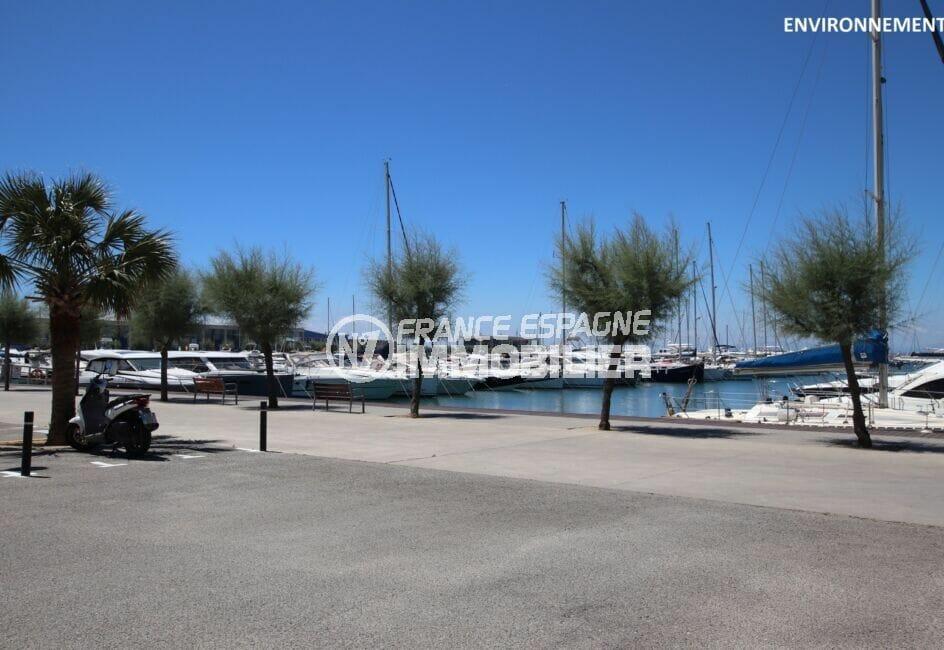 achat immobilier espagne costa brava : parking 25 m² + cave 6 m² proche du port de roses