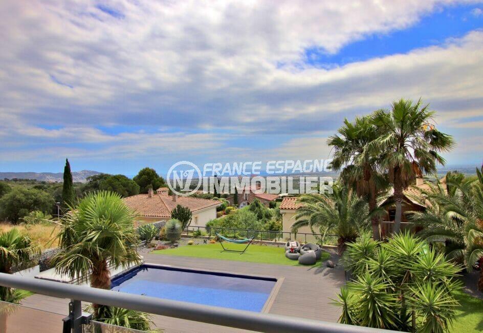 la costa brava: villa 215 m² construite sur terrain arboré de 800 m²
