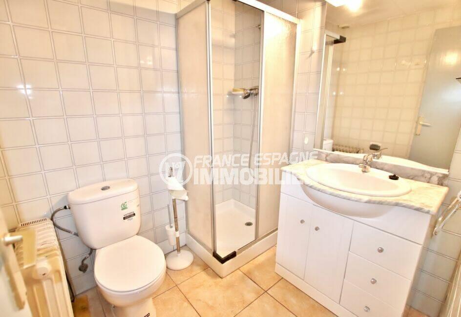 achat appartement rosas, 2 pièces 39 m², salle d'eau avec douche et wc
