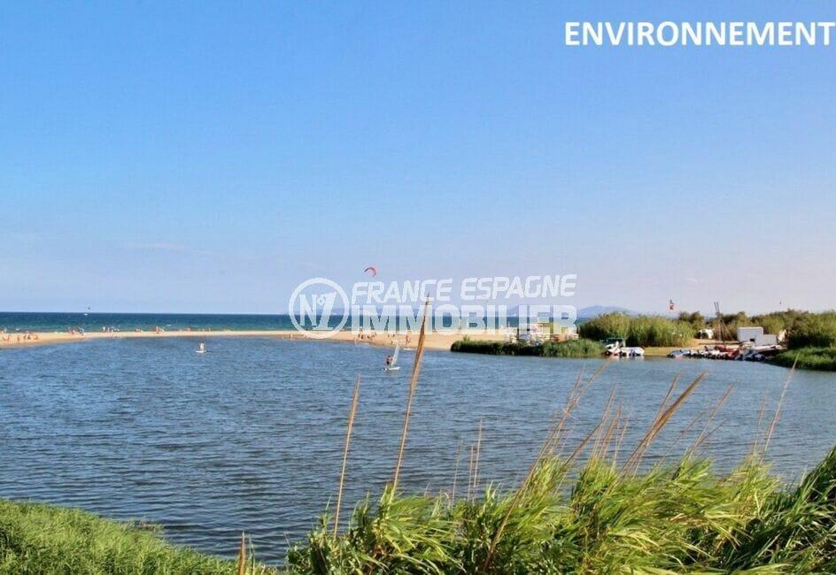 la costa brava: appartement 2 pièces 31 m², aperçu de l'étang au bout du canal, dans les environs