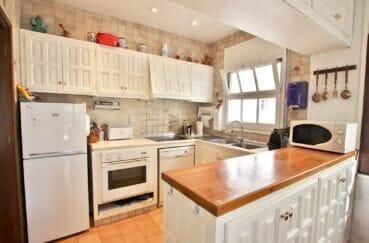maison a vendre espagne, 4 chambres 165 m², cuisine américaine aménagée