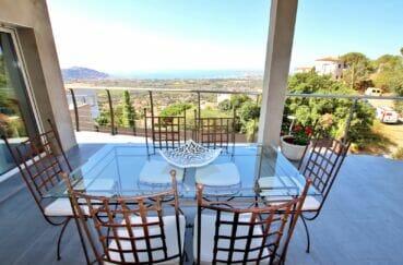 vente immobiliere costa brava: villa 250 m² 5 chambres, terrasse aménagée, vue mer