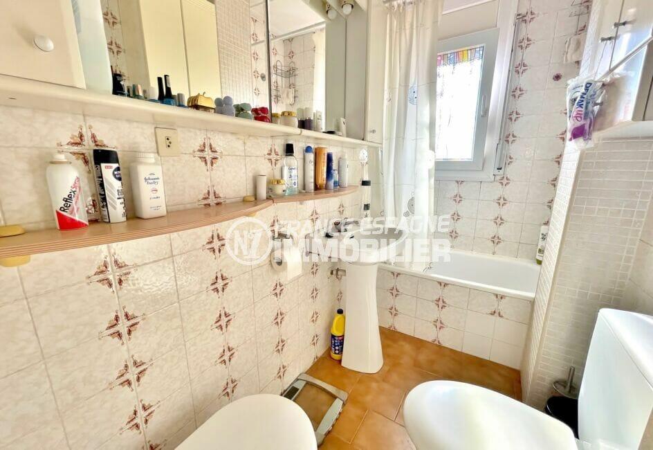 achat villa costa brava, 3 pièces 59 m², salle de bain avec baignoire et wc