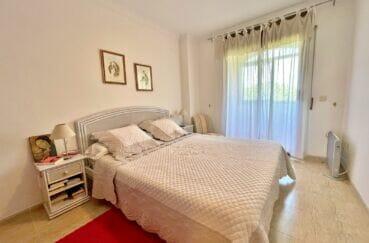 vente immobilière costa brava: appartement 128 m², 1ere ligne mer, chambre 1 sur 3