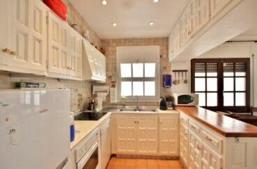 vente empuriabrava: villa 4 chambres 165 m², cusine ouverte équipée