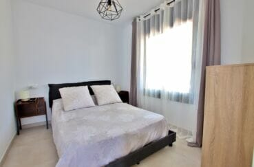 la costa brava: villa 105 m², 2° chambre à coucher, lutre au plafond