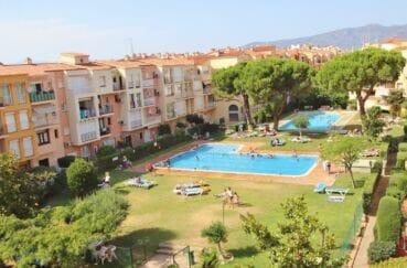 costabrava immo: appartement 2 pièces 45 m², dernier étage avec piscine dans la résidence