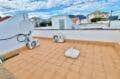 immo center rosas: 89 m² avec amarre, terrasse solarium et vue sur le canal