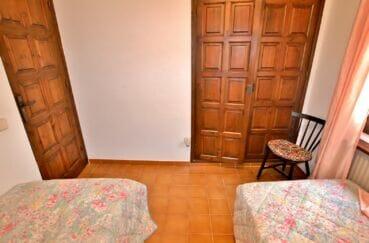 maison a vendre espagne bord de mer, 165 m², chambres 3 sur 4, grande penderie intégrée