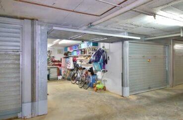 vente immobiliere rosas : box fermé en sous sol, 31 m² aménagé
