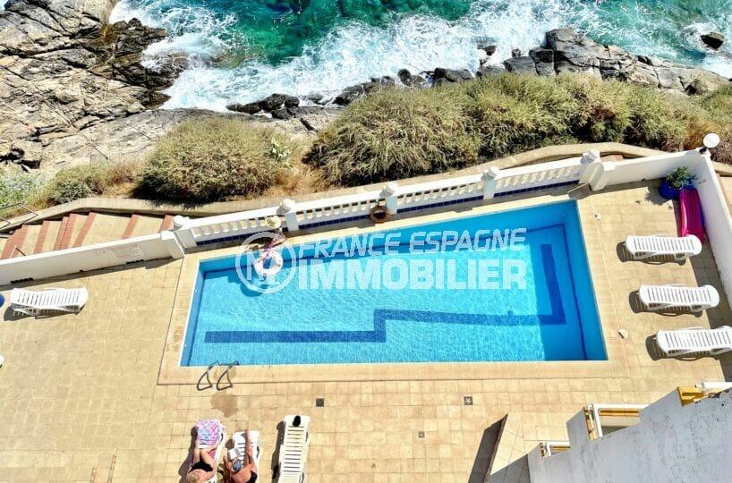 appartement à vendre costa brava vue mer, 3 pièces 60 m², piscine dans la résidence en bord de mer