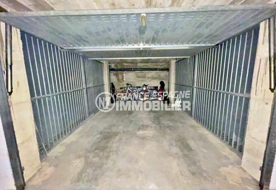 acheter a empuriabrava: appartement 128 m² en 1ere ligne mer, avec parking et garage privés