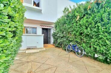 vente maison costa brava, 89 m² avec amarre, terrasse solarium et parking sur cour intérieure