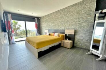 vente immobilière costa brava: villa 215 m², suite parentale avec terrasse
