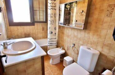 vente immobilière espagne costa brava: villa 4 chambres 165 m², avec bidet et toilettes