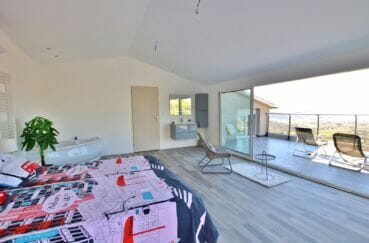 vente maison rosas espagne, 250 m², 1° chambre avec grande terrasse vue mer