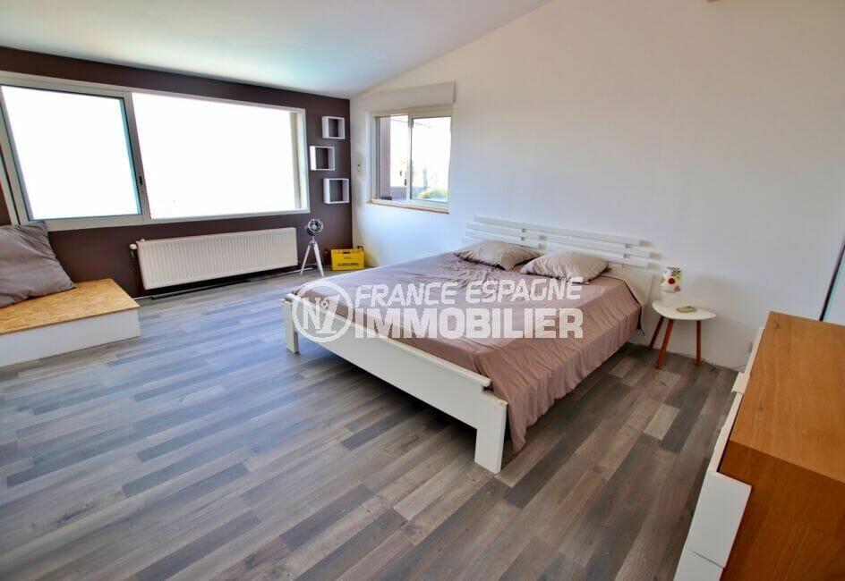 maison a vendre rosas vue mer, 250 m², 3° chambre lumineuse, lit double