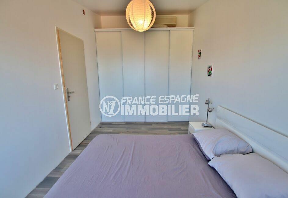 immo center rosas: villa 250 m², 4° chambre à coucher, armoire encastrée