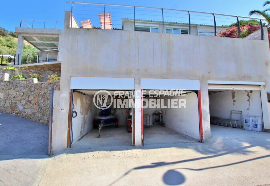 maison roses, 250 m² 5 chambres, 3 garages et grand parking cour intérieure
