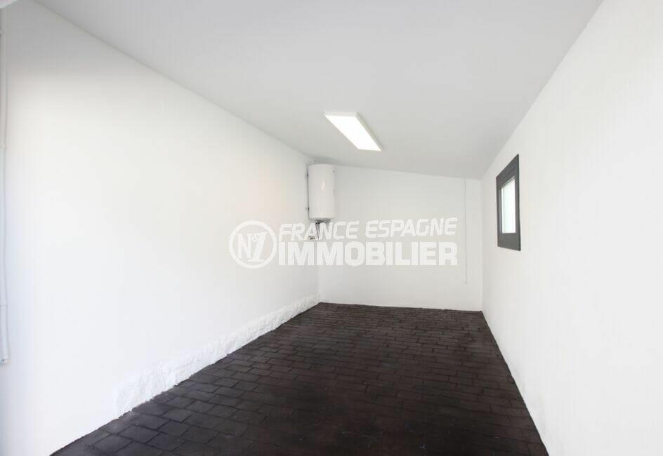 immo center roses: villa 105 m² 3 chambres, belle pièce pour débarras