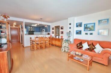 immobilier santa margarita: appartement 2 chambres 81 m², grand séjour avec cuisine américaine