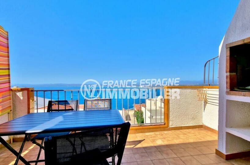 Appartement vue mer Roses, rénové, exposition Sud 4239