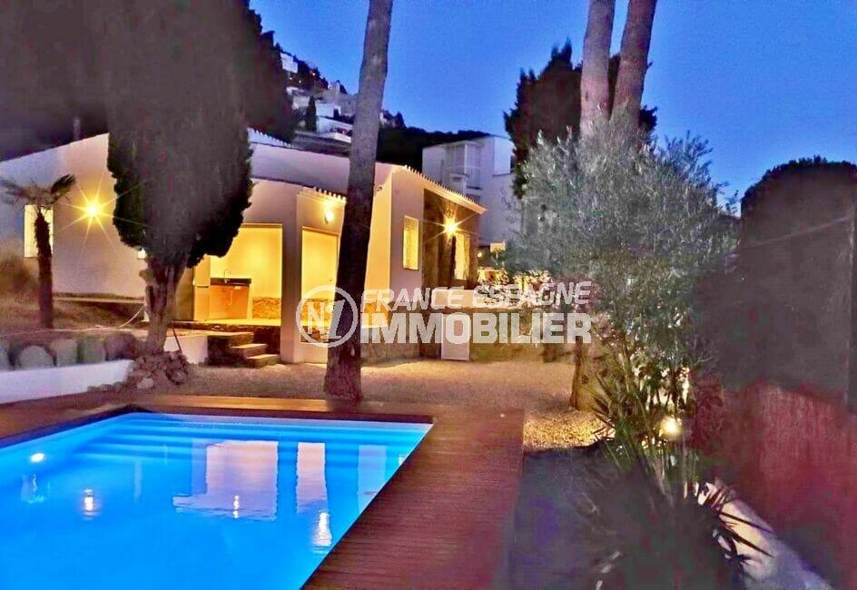 achat maison rosas, rénovée 3 chambres 140 m², piscine et garage, plage à 100 m