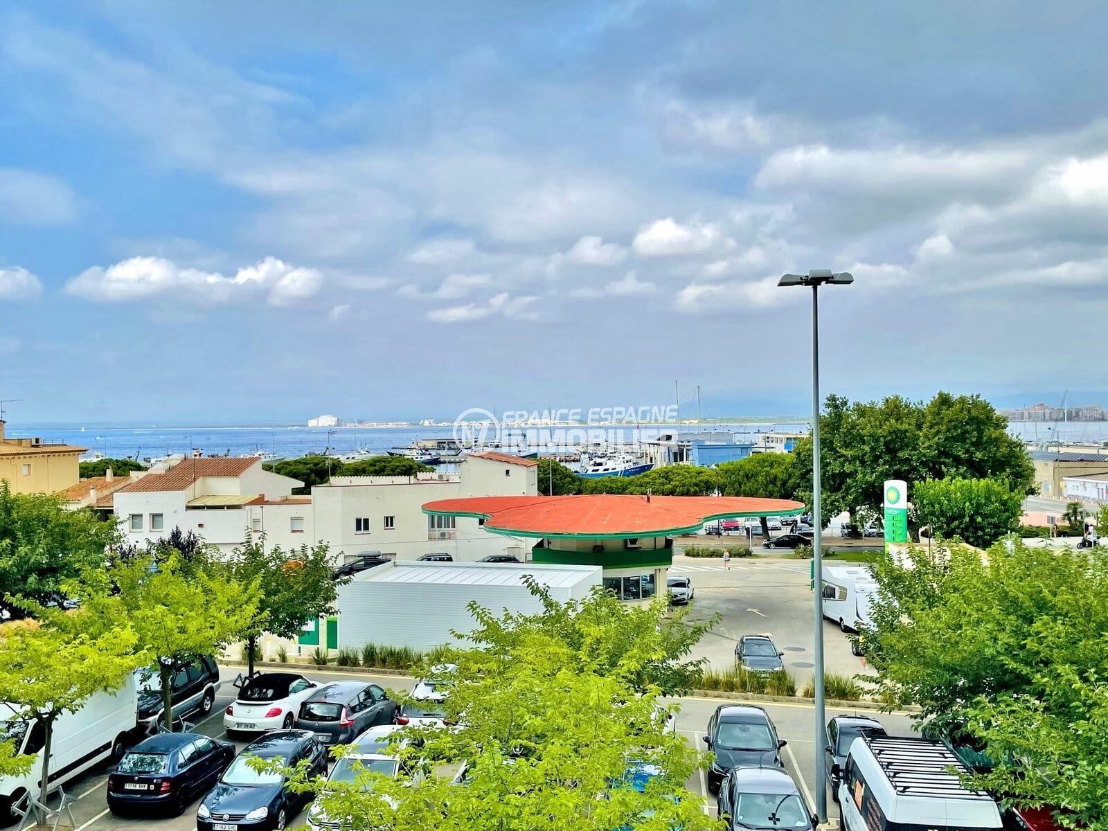 vente appartement rosas, 2 pièces 46 m², terrasse 10 m² vue mer / port, plage 400 m