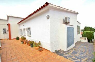 maison a vendre a rosas, 4 chambres 135 m², sur terrain de 302 m² vue mer
