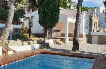 achat maison costa brava, 3 chambres 140 m²,avec piscine sur terrain de 574 m²