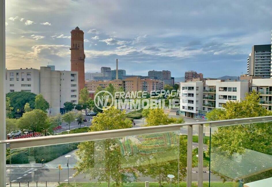 achat appartement costa brava, 160 m², luxe, 3 chambres, terrasse, vue sur la ville