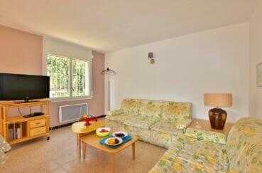 achat appartement costa brava, 62 m² 2 chambres, salon avec double canapé